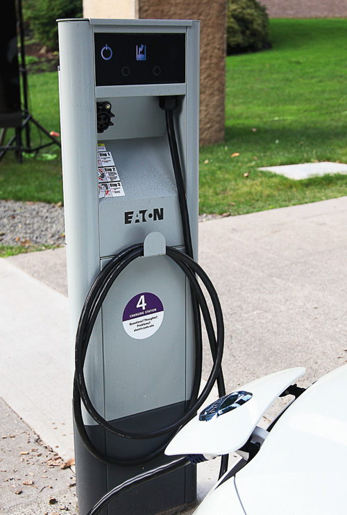 1211_ElectricVehicles_03