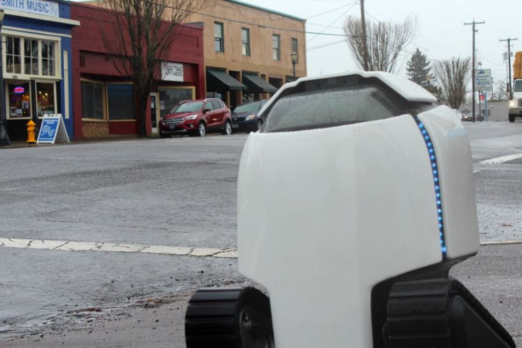 Oregon Business - DAX the robot comes to Philomath