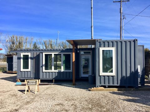 A three-container home by Relevant  Buildings